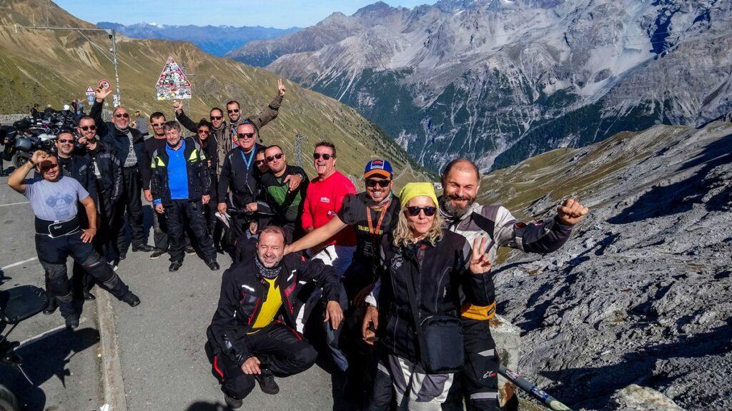 ταξίδι με μηχανή στις Άλπεις